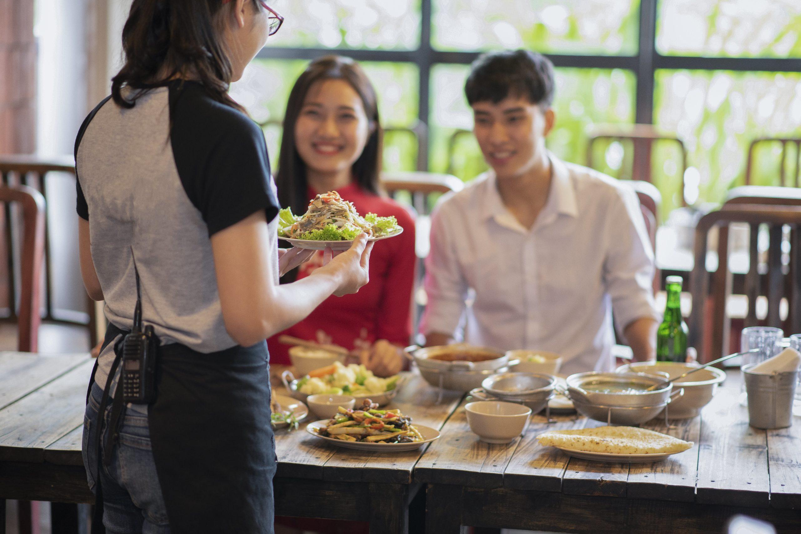 【アルバイト体験談インタビュー】イタリアンレストランのホールスタッフとして